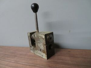 Vintage Collet Holder Chuck 3at Collets Machinist