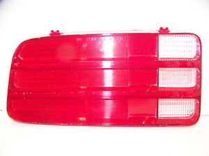 1970 Plymouth Barracuda Lh Taillight Lens Oem 3403057