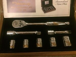 Snap on 70th Aniversary Collectors Set 24kt Gold Inlay Socket Set And Ratchet