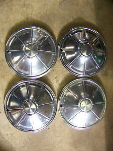 1972 73 74 75 76 Plymouth Duster Valiant Hubcaps Wheel Covers 14 Oem
