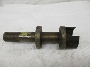 New Holland Stub Shaft For 346 Spreader 130130
