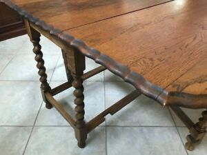Late 19th Century Barley Twist Gate Leg Table With Pie Crust Accents Great Cond