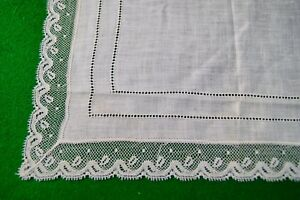 Unused Antique Vintage Fine Cream Linen Handkerchief Hanky Bobbin Lace Edge Hk12
