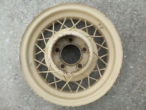 1935 Ford Spoked Wheel 16 X 4 1934 1933 1932 Yellow 1