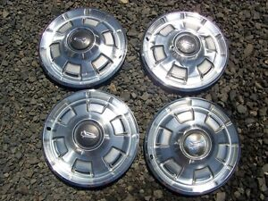 1967 1968 1969 Plymouth Barracuda Hubcaps Satellite Valiant Wheel Covers