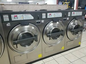 Used Commercial Coin Washer 30 Lb Continental L1030 Working Condition 3 Phase