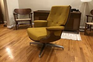Vintage Haywood Wakefield Lounge Chair Midcentury Modern Walnut Accents