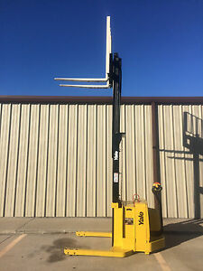 2007 Yale Walkie Stacker Walk Behind Forklift Straddle Lift Only 1838 Hours