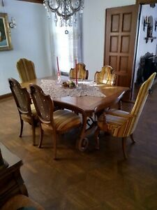 Vintage Dinning Set Solid Wood Complete Cabinet Table And Chairs