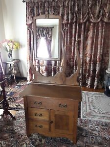 Antique Vintage Oak Maple Harp Mirror Vanity Dresser