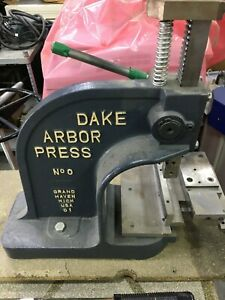 Dake Arbor Press No 0 1 1 2 Ton Manual Hand Bench Press 1 5