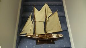 Vintage Sailing Ship Model Schooner Bluenose Nautical Wood