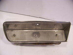 1964 Chrysler Imperial Rh Front Turn Signal Housing Lens Crown Coupe Lebaron