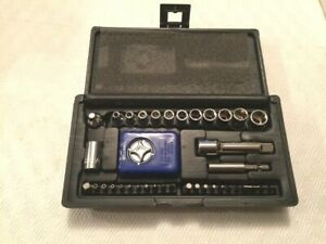 Williams 39pc 1 4 3 8 Drive Tool Socket Set W Palm Ratchet Sockets Bits
