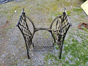 Singer Sewing Machine Treadle Plain Crossbar Ots 2 Table Legs Cast Iron Cmplt