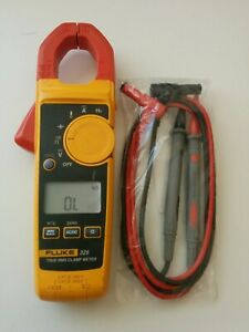 Fluke 325 True Rms 400a Ac Dc Current Amp Clamp Meter Multimeter Test Leads