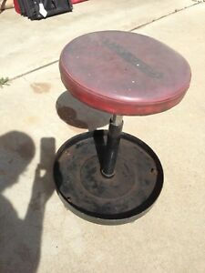 Quick Set Adjustable Rolling Stool Mechanics Wheeled Shop Padded Seat Vintage