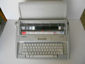 Brother Gx 8250 Portable Electronic Wp Typewriter W cover ribbon manual mint