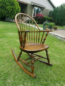 Reduced Windsor Sack Back Wood Rocking Chair Rocker Knuckle Arm Spindle