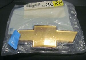 Chevy Monte Carlo Radiator Grille Front End Bow Tie Emblem Gold Color 22865905