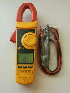 Fluke 337 True Rms Ac Dc Current Amp Clamp Meter Multimeter Test Lead Probes