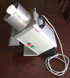 Hobart Fp100 Food Processor Outstanding Condition W Slicer Grater Dicer Discs