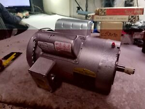 New Baldor 1 5 Hp Electric Ac Motor 115 230 Vac 1725 Rpm 145tcz Frame 1 Phase