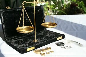 Vintage Portable Jewelers Balance Scale In Velvet Covered Box Brass India 509