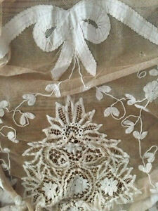 Antique Bows Tambour Net French Lace Bedspread Creamy Ecru Coverlet 75x52x15drop