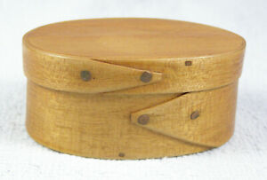 Very Small Oval Shaker Pantry Trinket Box Wood Pinned Copper Nails
