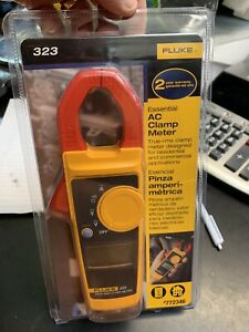 Fluke 323 True rms Electrical Current Clamp Meter