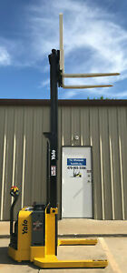 2013 Yale Walkie Stacker Walk Behind Forklift Straddle Lift Only 887 Hours