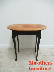 David T Smith Cabinetmakers Shaker Style Oval Lamp End Table Distressed