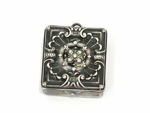 1 3 8 In Sterling Silver William B Kerr Co Antique Floral Stamp Box