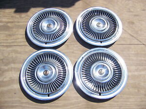 1967 1968 Chrysler Imperial Hubcaps Oem 2881797 Set Of 4 Lebaron Crown