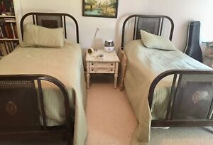 Set Of Antique Metal Twin Beds With Mattresses And Bedding 1930s Art Deco Beds