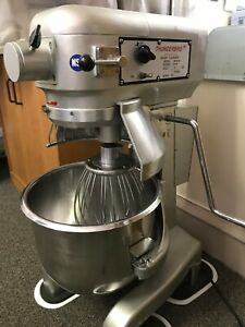 Standing Mixer 20qt thunderbird 115v S steel Bowl Excellent Condition