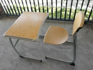 40 Desk 40 Chairs Total Intellect Perfect For Classroom Or Conference Room nice