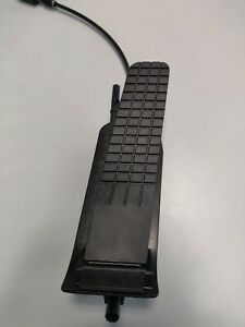 Genuine Porsche Accelerator Gas Pedal Assembly For 996 911 986 99642301904