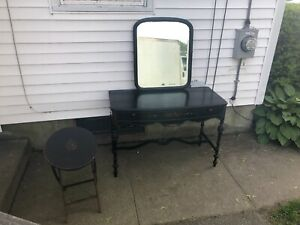 Antique Berkey And Gay 1 Drawer Sofa Or Hall Table With Mirror Ans Side Table