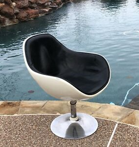 Mid Century George Nelson Miller Egg Fiberglass Shell Lounge Club Chair Eames
