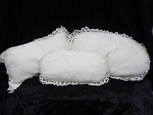 Beautiful Vintage Shafaii White Lace Throw Pillows Set Of 3 Shabby Chic Shams
