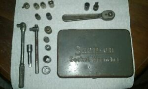 Snap on Socket Wrenches Box With Snap on Plomb Williams Pieces Good Condition