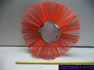Red Poly Wire Wafer Brush 21 Od 6 1 2 Id 6 1 2 Bristles