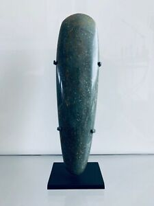 Beautiful And Fine Pre Columbian Olmec Celt In Fine Green Jade With Provenance
