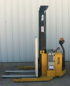 2012 Yale Walkie Stacker Walk Behind Forklift Straddle Lift Only 3435 Hours