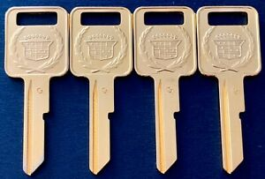 Vintage Cadillac Crest Wreath Yellow Gold Plated 4 Uncut Ignition Key Blanks C