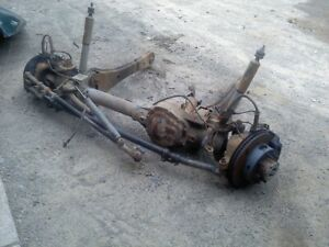05 06 06 Ford F350 Front Axle 430 Gears