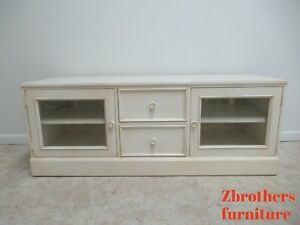 Ethan Allen Painted New Country Flat Tv Stand Media Cabinet Console