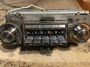1970 1971 1972 Oldsmobile Cutlass F85 442 Factory Am Radio Serviced Works Great